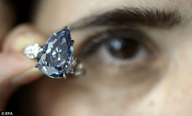 4 Największy naświecie niebieski diament bezinkluzji