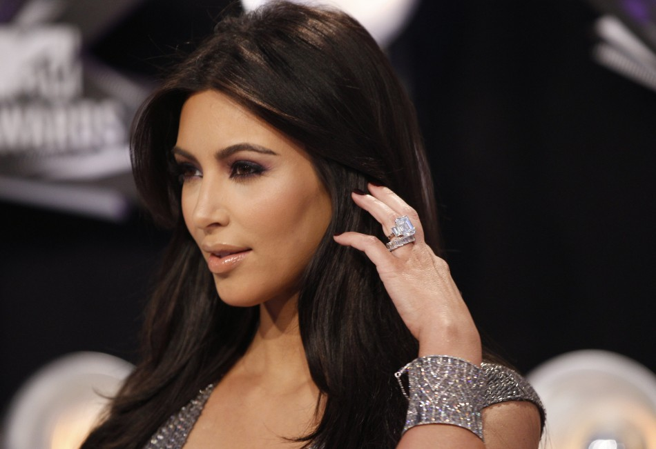 Kim-Kardashian-Will-Pay-Kris-Humphries-for-the-Engagement-Ring-2