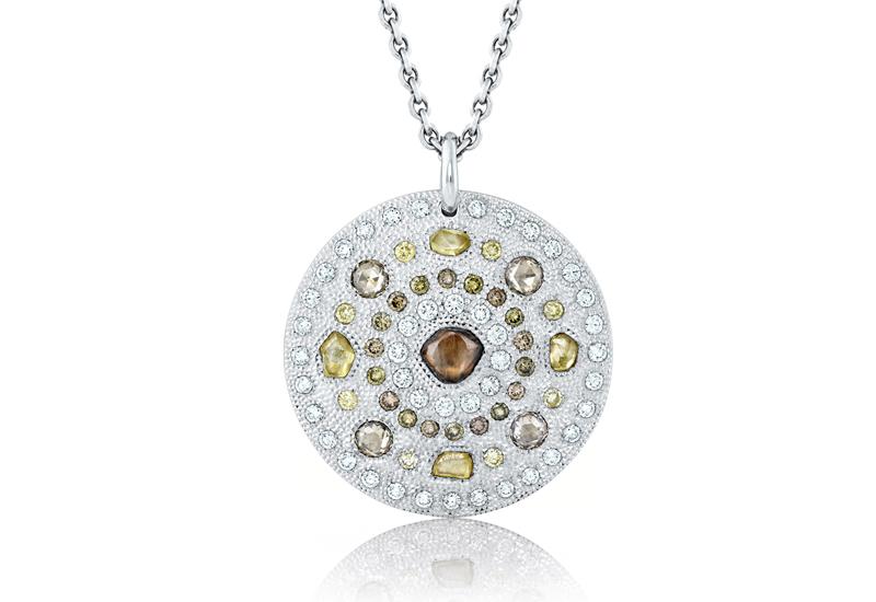J5DT52Z00W_White_Gold_Talisman_medallion_WEB.jpg