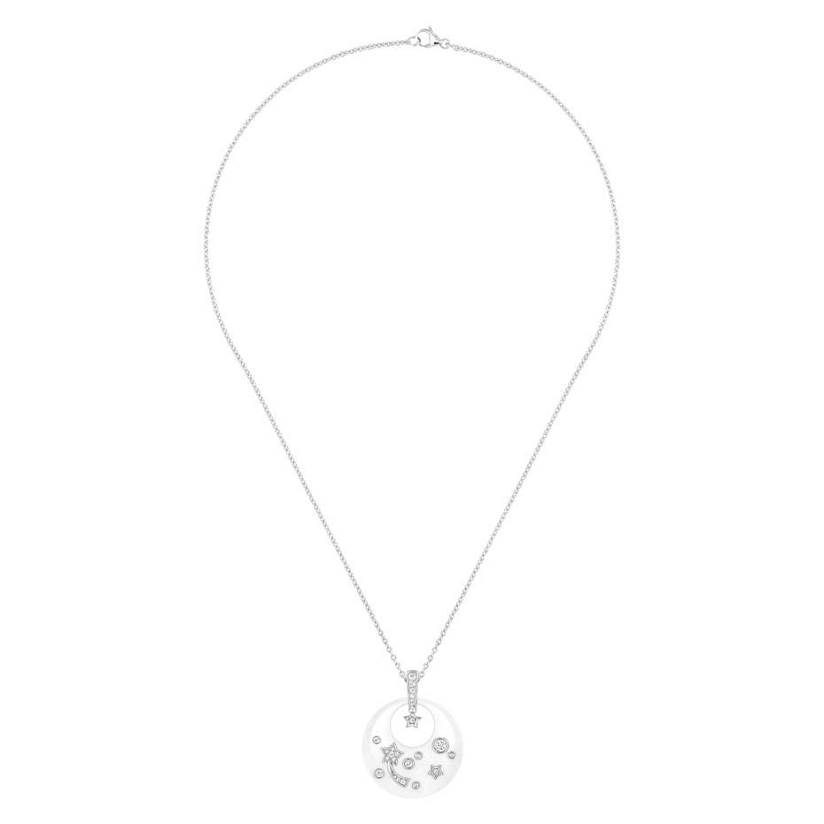 Chanel-Fine-Jewellery_Pendentif-Cosmique-blanc
