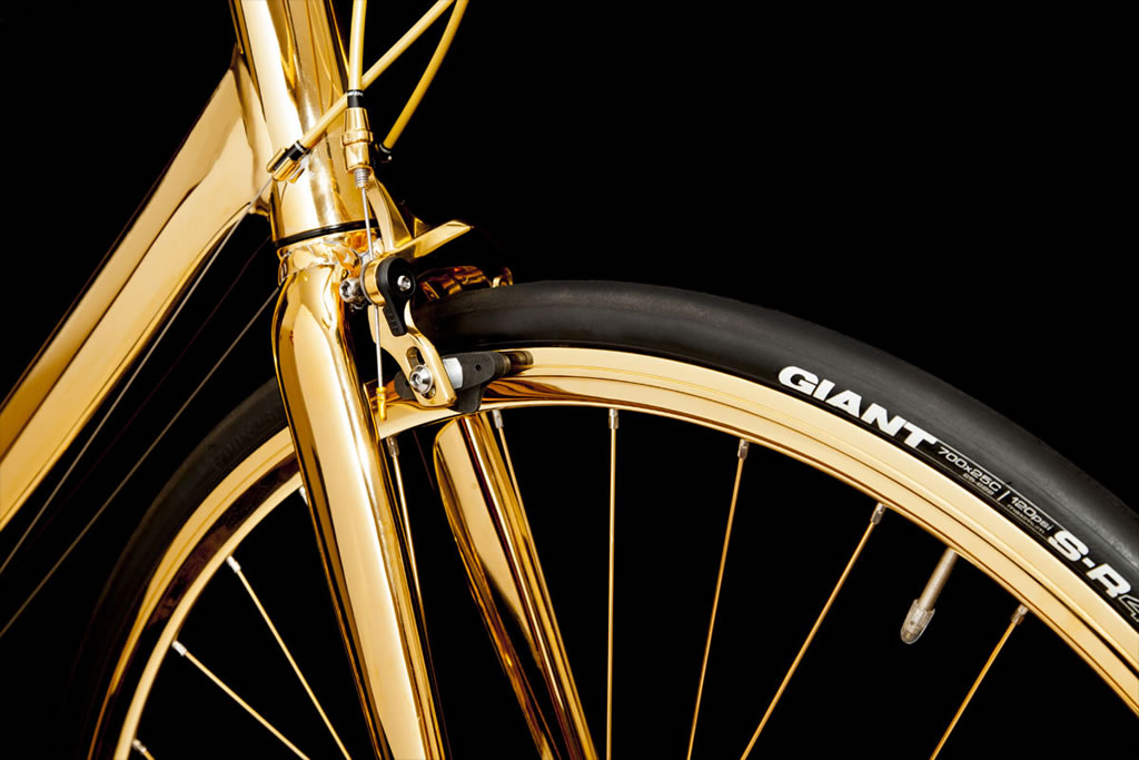Goldgenie-Gold-Racing-Bike-3