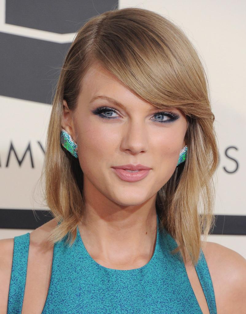 2 Taylor Swift