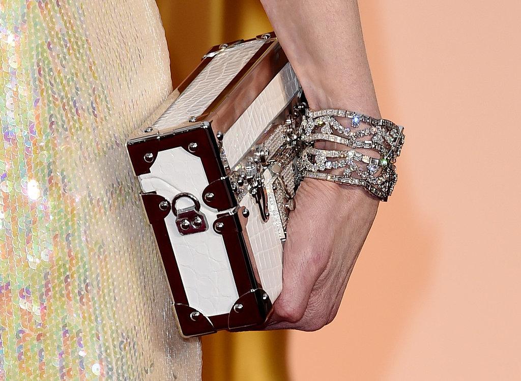 Nicole Kidman nosiła nietylkokopertówkę, alei115 karatów klejnotów wbiżuterii marki Harry Winston.