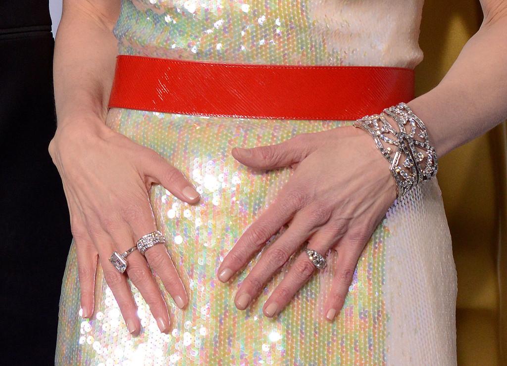 Nicole Kidman wdiamentowej biżuterii Harry Winston.