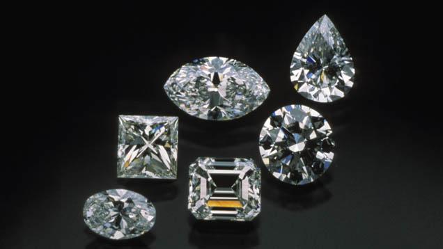 Diamenty wróżnych szlifach