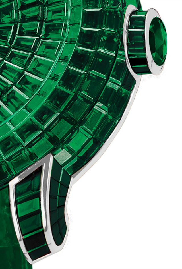 Jacob-and-Co-Caviar-Emerald-Tourbillon-3