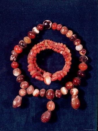 Komplet biżuterii zagatu, będący dziedzictwem cywilizacji mezopotamskiej