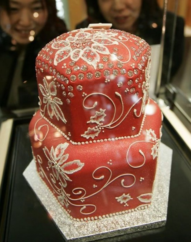 Top-ten-most-expensive-desserts-in-the-world-00002