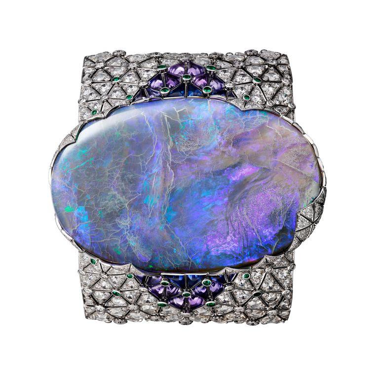 cartier_etourdissant_white_gold_opal_sapphire_diamond_bracelet.jpg--760x0-q80-crop-scale-subsampling-2-upscale-false