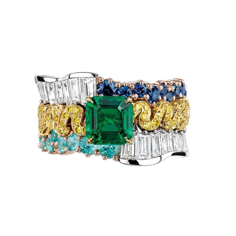 dior_tresse_emeraude_ring_with_emeralds_and_diamonds_from_the_soie_dior_collection.jpg--760x0-q80-crop-scale-subsampling-2-upscale-false