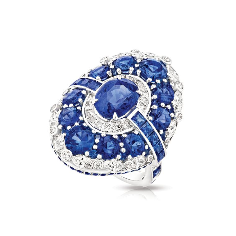 faberge_devotion_aurora_sapphire_ring.jpg--760x0-q80-crop-scale-subsampling-2-upscale-false