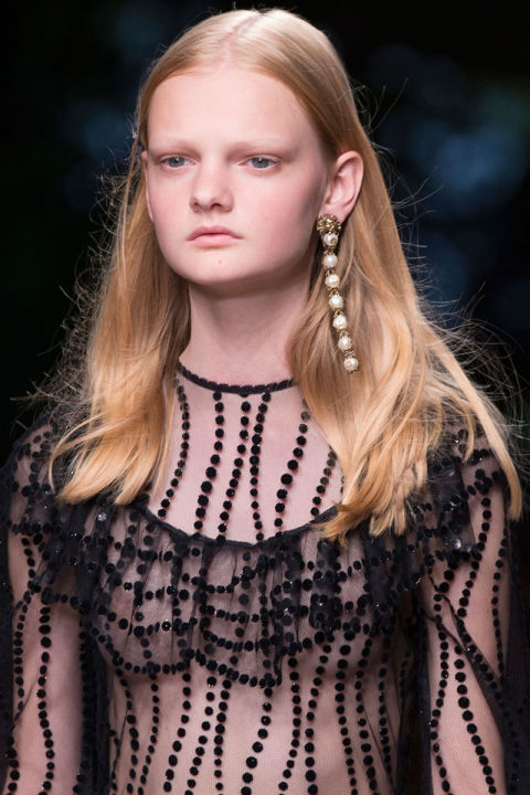 hbz-ss2016-trends-jewelry-baroque-earrings-gucci-clp-rs16-1090
