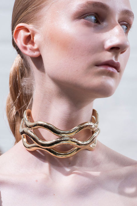hbz-ss2016-trends-jewelry-collarbone-necklaces-jw-anderson-clp-rs16-8209