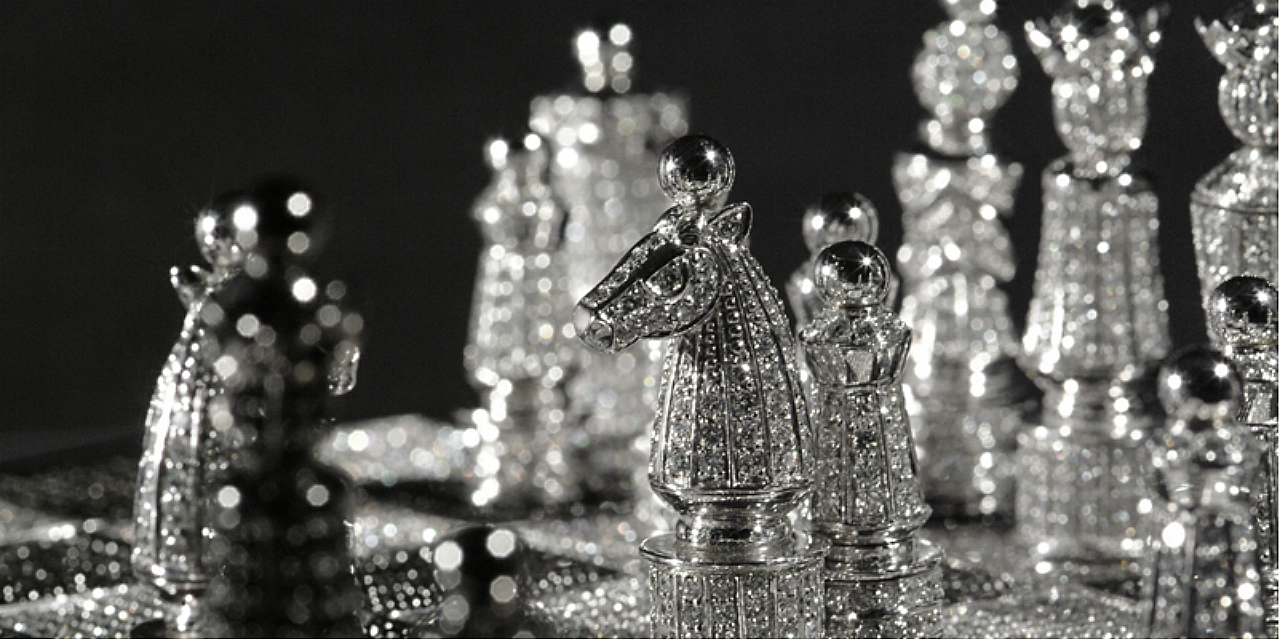 Hollander Royal Diamond Chess Set