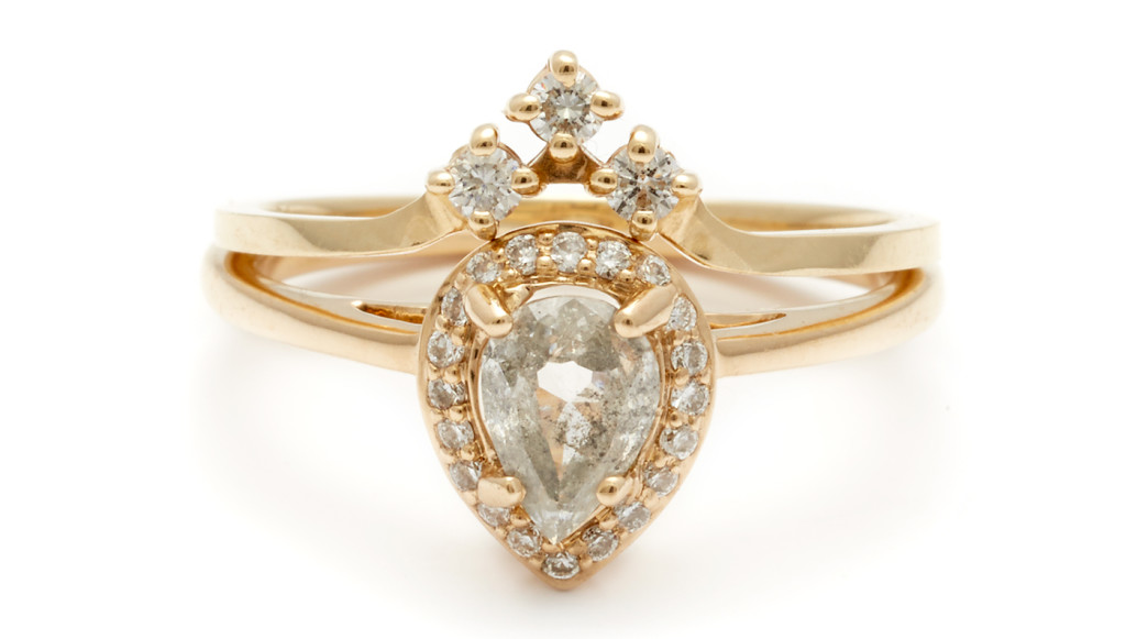 embed-anna-sheffield-engagement-ring