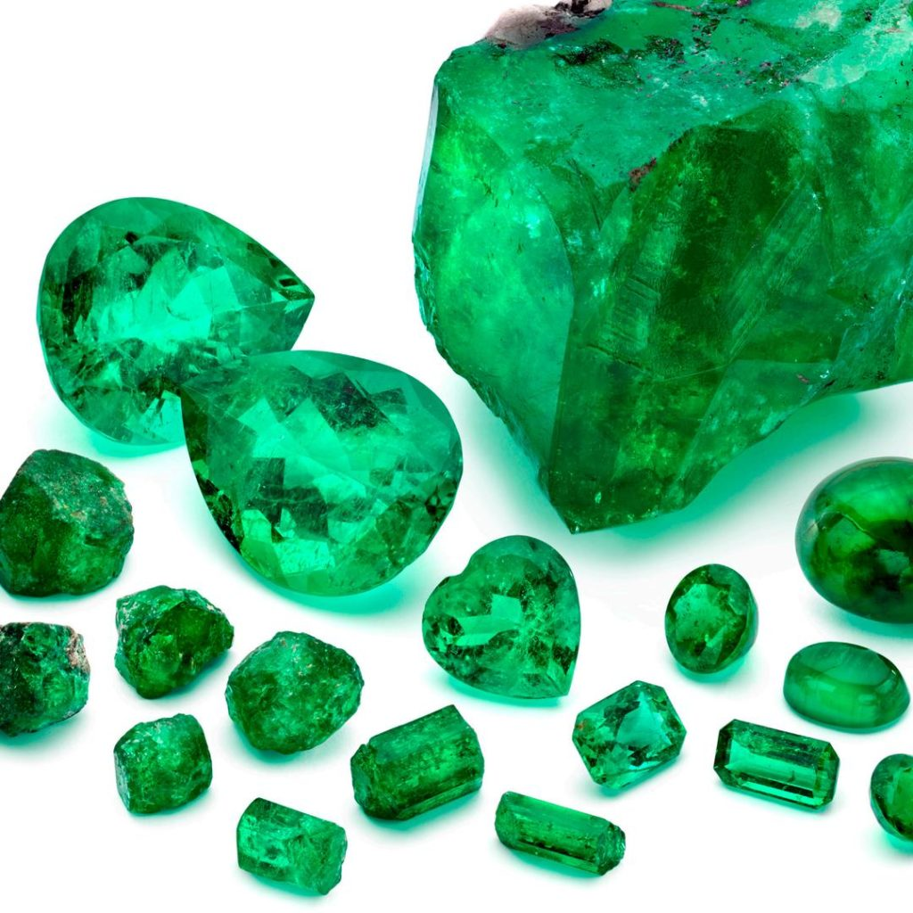marcial-de-gomar-emerald-collection.jpg__1080x0_q75_crop-scale_subsampling-2_upscale-false