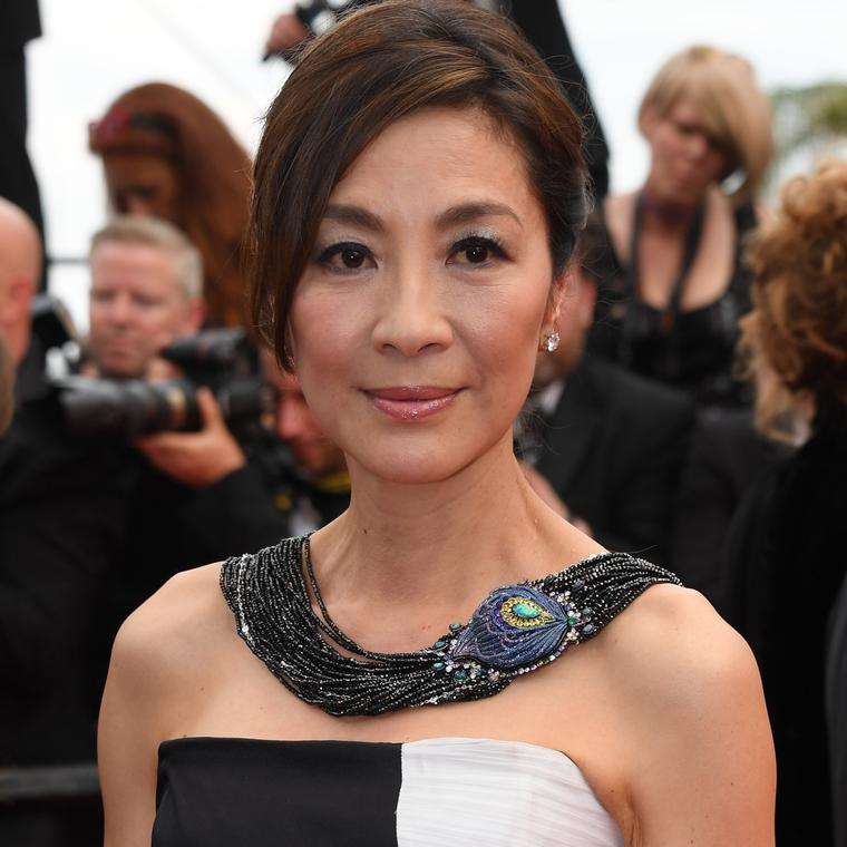 18_may_2017_michelle_yeoh_in_chopard12.png__760x0_q75_crop-scale_subsampling-2_upscale-false