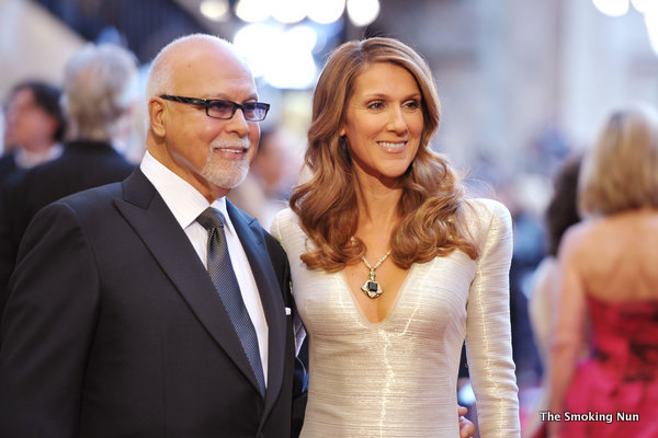 HOLLYWOOD, CA - FEBRUARY 27: Singers Rene Angelil and Celine Dion arrive at the 83rd Annual Academy Awards held at the Kodak Theatre on February 27, 2011 in Hollywood, California. (Photo byJohn Shearer/Getty Images)