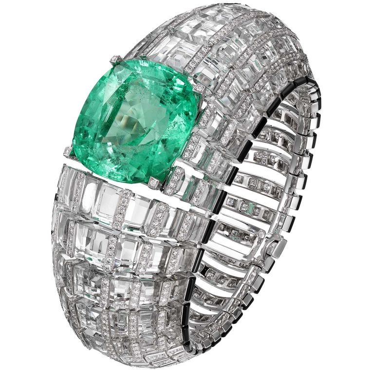 cartier-etourdissant-diamond-and-emerald-bracelet.jpg--760x0-q80-crop-scale-subsampling-2-upscale-false