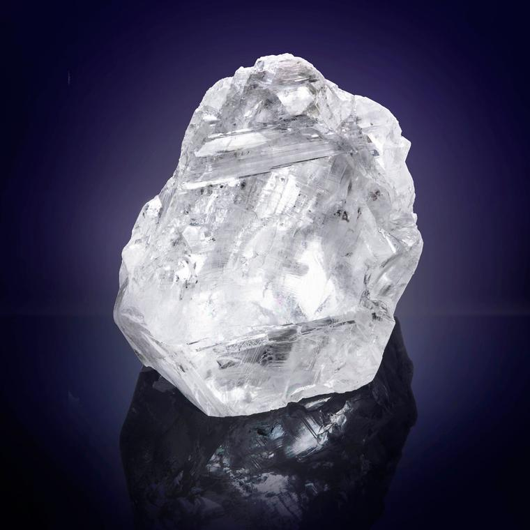 1109-carat-lesedi-la-rona-rough-diamond.jpg__760x0_q75_crop-scale_subsampling-2_upscale-false