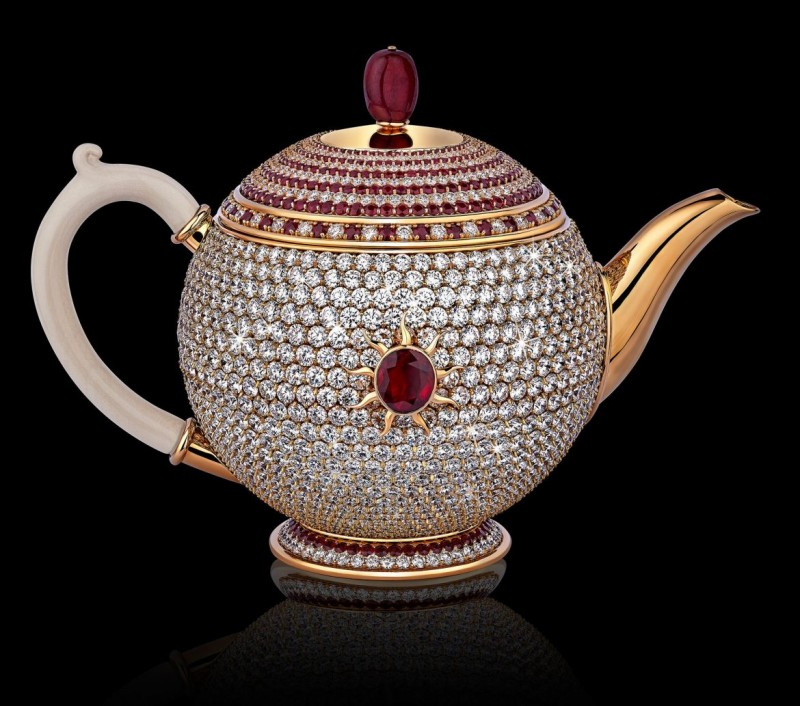 the-worlds-most-valuable-teapot-is-the-diamond-and-ruby-studded-egoist1