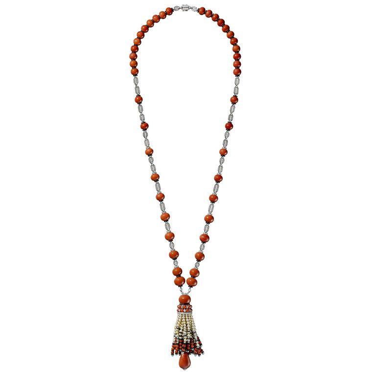 cartier-etourdissant-tassel-necklace.jpg--760x0-q80-crop-scale-subsampling-2-upscale-false