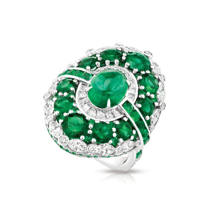 faberge_devotion_aurora_emerald_ring.jpg--760x0-q80-crop-scale-subsampling-2-upscale-false